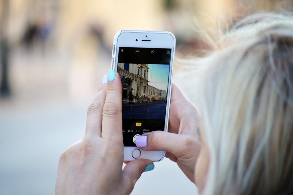 журналы, рисунки как улучшить качество фото на телефоне огромной