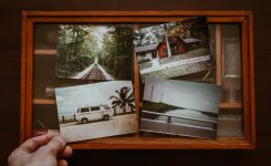 Сохраняя воспоминания: зачем люди печатают фото