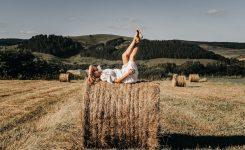 Фотосессия на сене: идеи от Mimigram